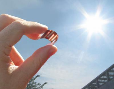 Understanding charge formation and transport could make Organic photovoltaic cells the future