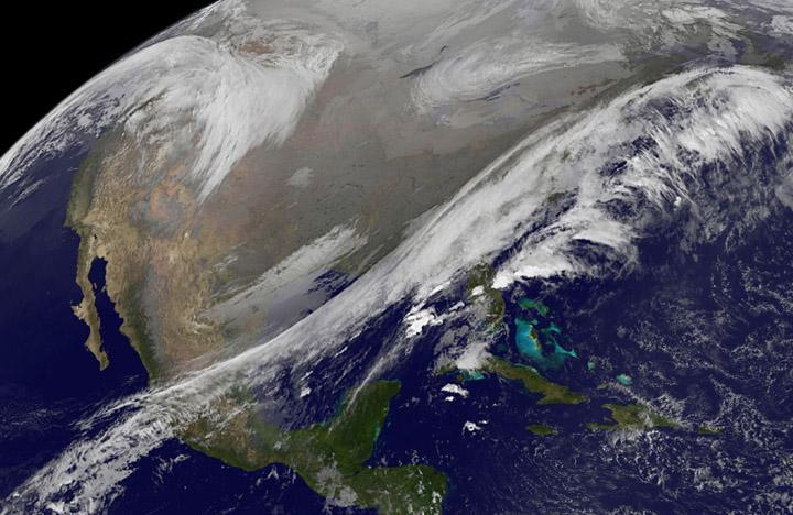 Satellite views early Thanksgiving travel trouble areas in US