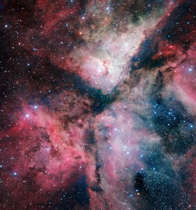 Image of the Carina Nebula marks inauguration of VLT Survey Telescope