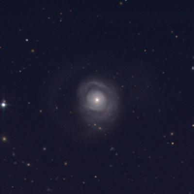 Image de la galaxie NGC 5548 prise au télescope de 1.3m du MDM Observatory. Crédits: Dr. Misty Bentz