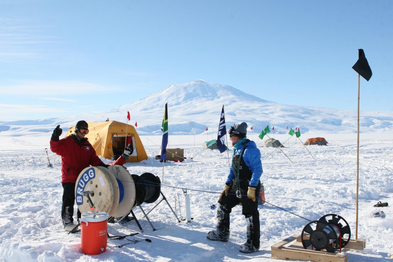 This week from AGU: Measuring Antarctic ice loss, Indian Ocean program, Oregon landslides