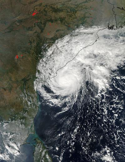 NASA sees Tropical Storm Helen affecting southeastern India