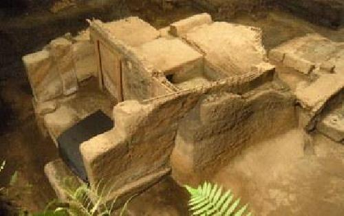 Buried in ash, ancient Salvadoran village shows images of daily life