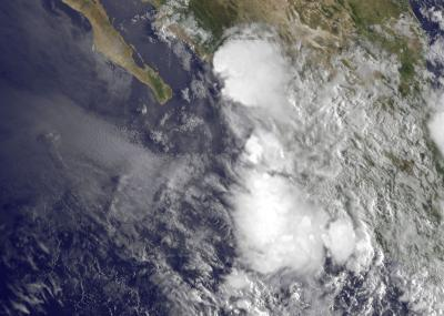 Tropical Depression 8E's remnants still hug Mexican coastline