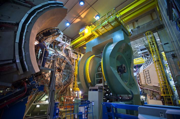 Relativistic Heavy Ion Collider confirms tiny drops of early universe 'perfect' fluid