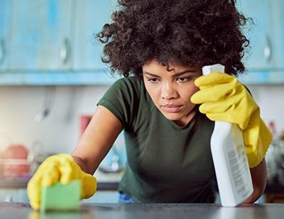 Women exposed to cleaning products suffer decreased lung function, Study finds